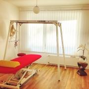 Behandlungsraum mit Schlingentisch. Physiotherapie Mehlan - Düsseldorf