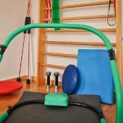 Wir halten eine Vielzahl von Trainings- und Übungsgeräten für Sie bereit. Physiotherapie Mehlan - Düsseldorf